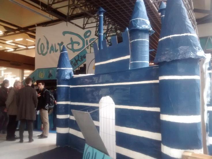 Giant castle built by the Walt DisKès